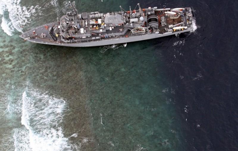 """美国海军""""卫兵""""号扫雷舰在菲律宾苏禄海Tubbataha礁触礁 - 晨枫 - 晨枫小苑"""