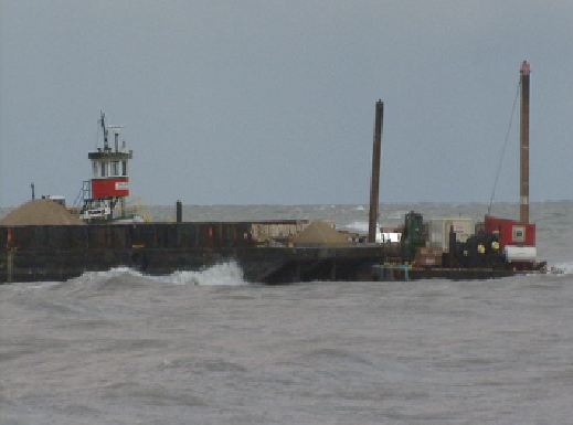 barge_20101002205545_PNG