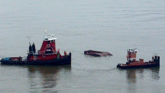 Hudson river capsize shipwreck log for Hudson log