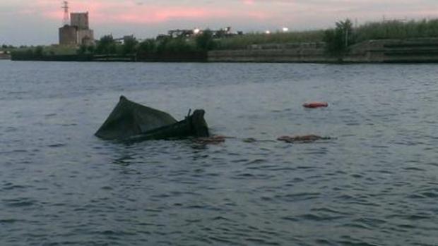 Bonnie G. Selvick sank capsized calumet